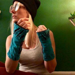 Yogi Fingerless gloves